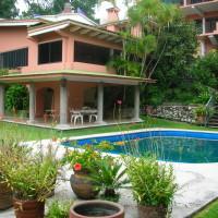 Beautiful Summer Home In Cuernavaca, Morelos. México